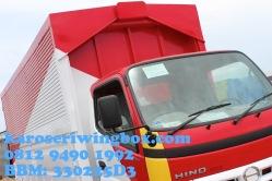 Karoseri wingbox light truck Hino Dutro 130 MDL (tampak samping depan)