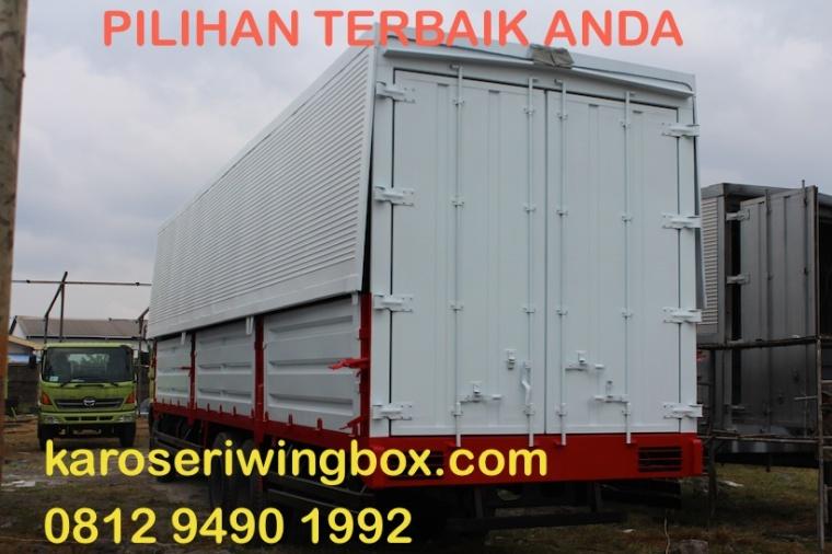 karoseri-wingbox-hino-fl-240-jw-gumarang-jaya-12