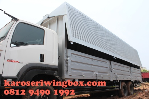 karoseri-wingbox-isuzu-giga-fvm-130