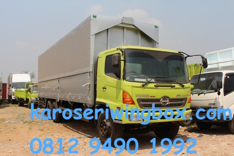 karoseri-wingbox-panjang-karoseri-9.50-meter